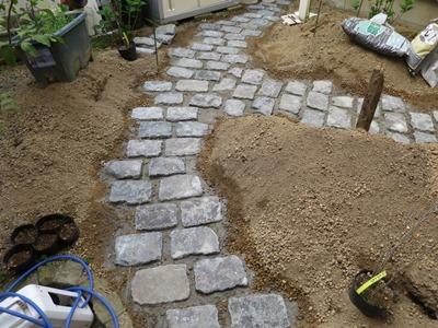 ガーデンリフォーム石敷き
