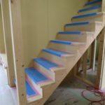 造作テレビ台と階段造作