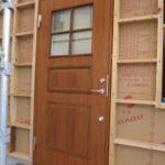 高性能な木製玄関ドア