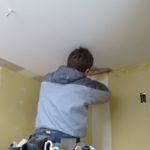 壁紙塗装と漆喰塗り