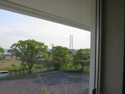 明石海峡大橋を望む