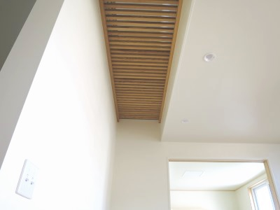 木製ルーバーの床
