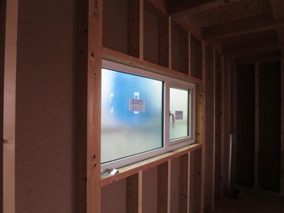 樹脂窓トリプルガラス
