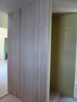 壁オーク板貼り