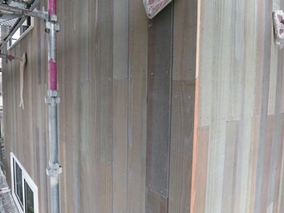 外壁の板張り