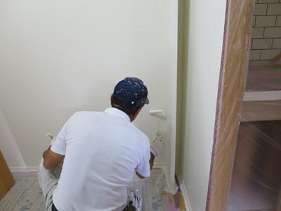 壁紙の塗装