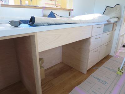 造作キッチンの施工