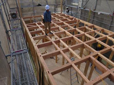 2階床組み