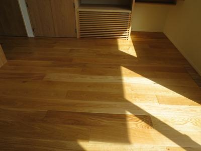 オーク材の床
