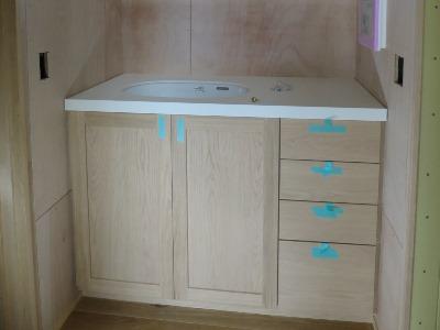 木製造作洗面台
