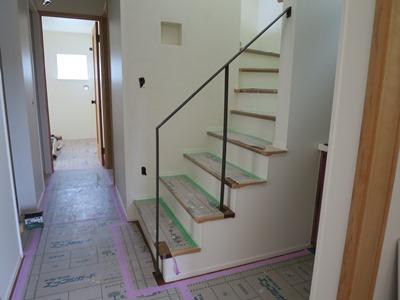 階段造作アイアン手摺